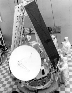 September 21, 1973 - After complete check out, technicians prepare to encapsulate Mariner 10 for its journey to Venus and Mercury. (Image: NASA)