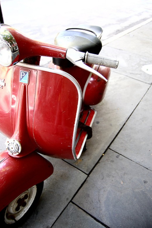 Gas Scooter in New York by Jaci Berkopec via Flickr