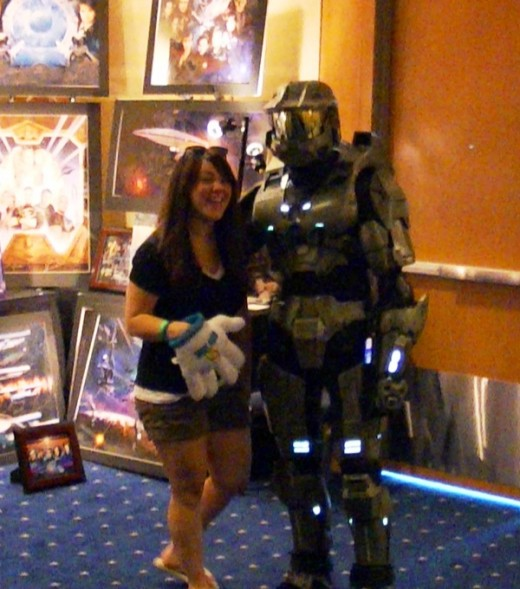 This fan was uber happy to see the Master Chief