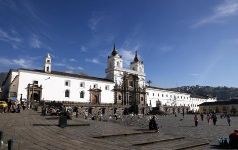 Main Square Plaza de San Fransiscohttp://www.allposters.com/-sp/Facade-of-a-Church-Plaza-De-San-Francisco-Quito-Ecuador-Posters_i6217185_.htm