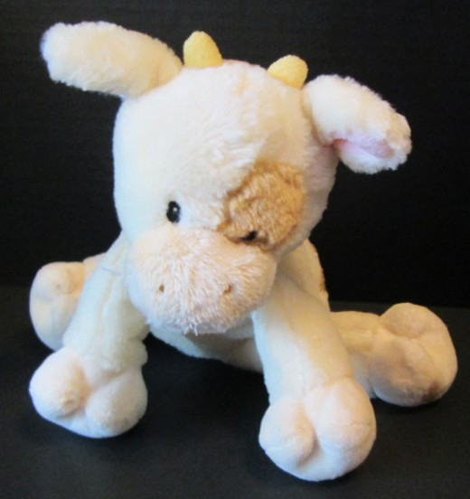 This is a Baby GUND - good, safe chance - GUND is a steady choice to resell
