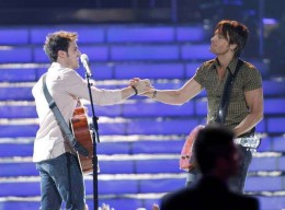 "Kris Allen and Keith Urban Performing ""Kiss A Girl"""