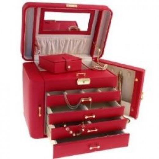 Large Jewellery Box on Amazon