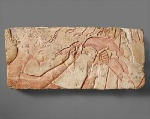 Source: Akhenaten Sacrificing a Duck, ca. 1353â1336 B.C. The Metropolitan Museum of Art, New York