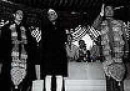 Nehru with Chou-Thoe trust washed away