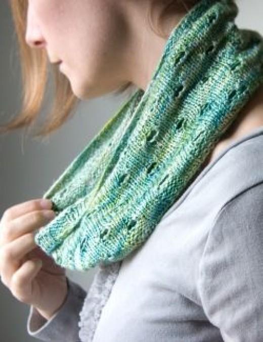 Tricksy Knitter Botanical Cowl Free Knitting Pattern