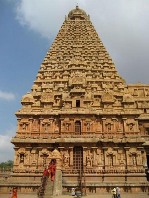 The granite tower of Brihadeeswarar Temple
