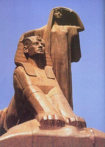 Mahmoud Mokhtar's Egypt's Renaissance