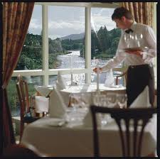 Ballynahinch Hotel: Loving the view of the lake! - mymotels.com