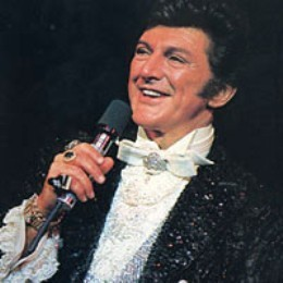Liberace - King of Bling