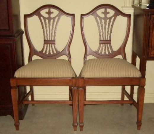 Duncan Phyfe Dining Chairs Sheild Back