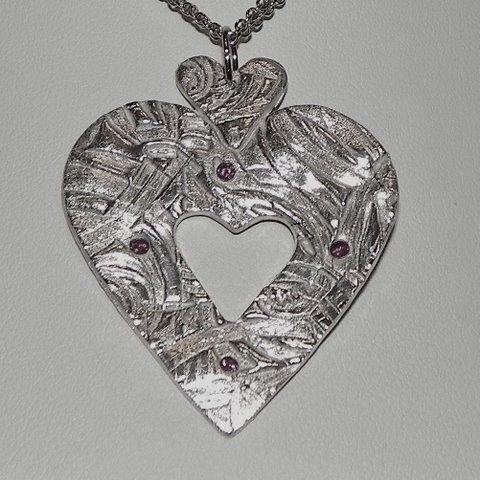 Triple Heart Jewelry Pendant