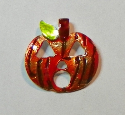 Completed Halloween Pumpkin Pendant with Color