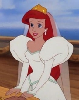 Ariel and the epic sleeves of puffiness