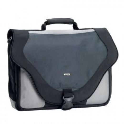 Solo 17.3 Laptop Messenger Bag