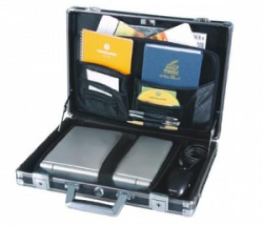 Vanguard Luxor Series Aluminum 17.3 Inch Laptop Briefcase