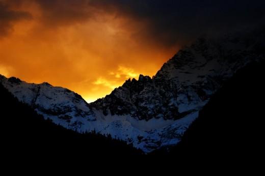 http://outdoors.webshots.com/photo/1519054691082460466IwnhjZ
