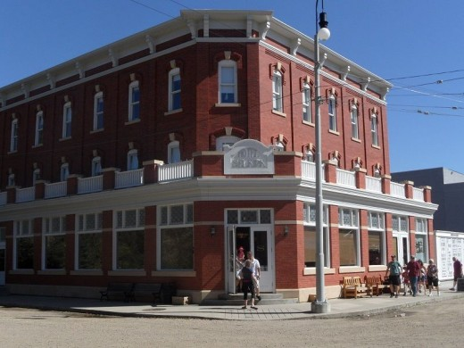 Selkirk Hotel - a working hotel is awesome dining facilities