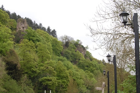 Symonds Yat Rock from the Saracens Head car park. This is a good place for camping and caravans as well.
