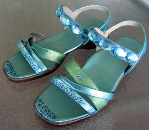 Can you believe these are the same boring beige comfort sandals I started out with?