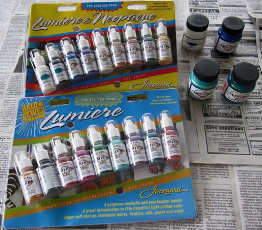 "Jacquard Lumiere and Neopaque paint ""exciter packs'"