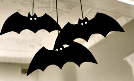 spooky bat decoration