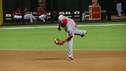 Brandon Phillips Makes a Play