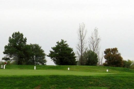 The golf course (9 holes)
