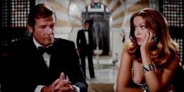 British Agent James Bond (Roger Moore) and Anya Amasova (Barbara Bach)