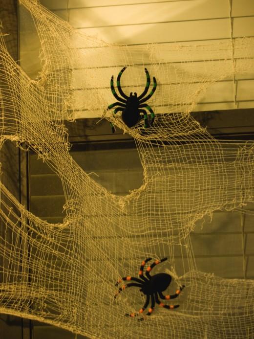 Halloween Spider Webs Decoration Ideas