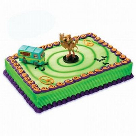 Scooby Doo, Shaggy, and the Mystery Machine Cake Kit