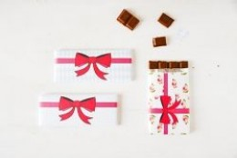 Valentine themed candy wrappers courtesy of Funkytime. Click the image to visit the Web site.