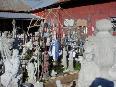 Bring out the details of garden statues.