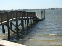 Floating Dock at Emerson Point Preserve