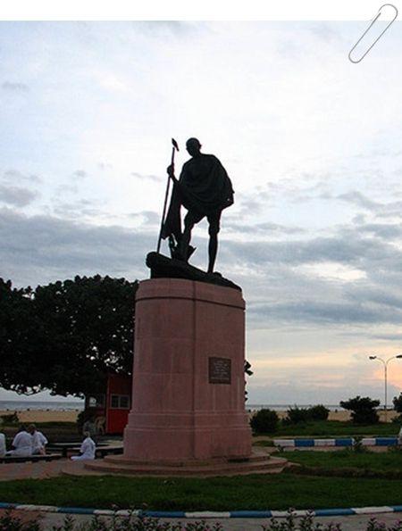 Mahatma Gandhi Statue At Chennai Marina
