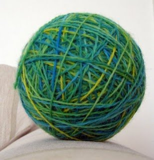 The finished colorway wound into a ball