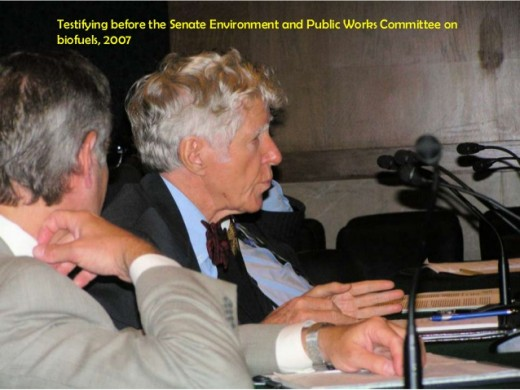 Lester Brown testifying before the Senate Environmental and Public Works Committee on biofuels, 2007