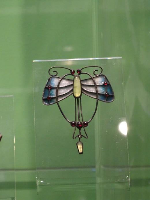 Art Nouveau jewellery in Prague