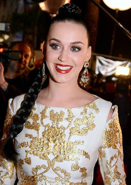Pop singer Katy Perry is a Libra Ascendant, Scorpio sun sign and moon