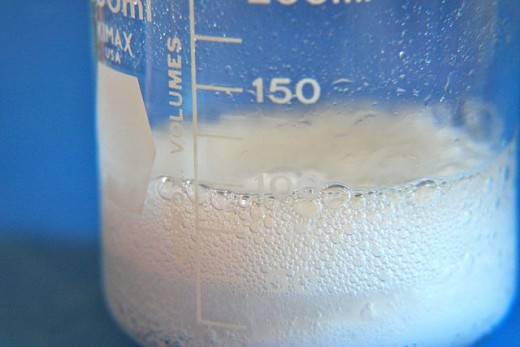 Baking soda and vinegar: Today's new-old plumber.