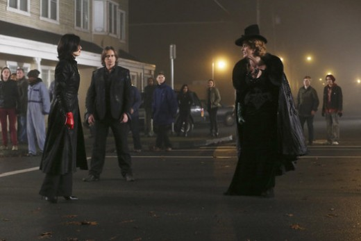 Regina and Zelena face off in Once Upon a Time