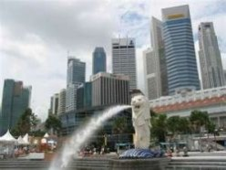 Singapore: Fountain of Wealth, Merlion, & Chili Crab