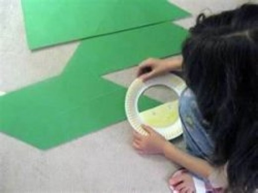 Image credit: http://almostunschoolers.blogspot.com/2011/02/paper-plate-protractor-craft-for-sir.html
