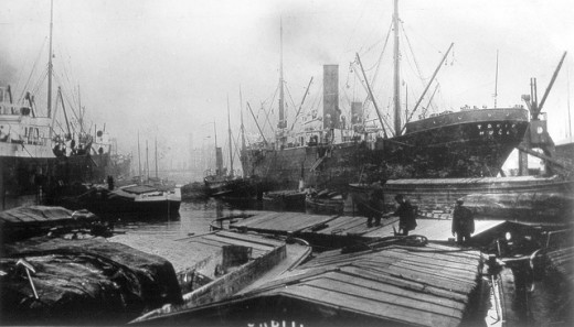 An early, pre WWI view of Alexandra Dock, Hull