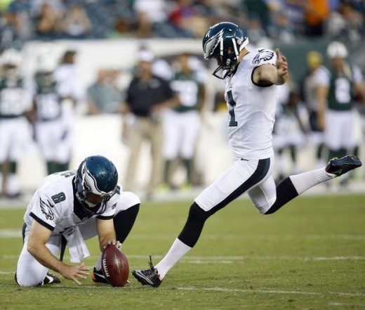 Philadelphia Eagles punter/holder Donnie Jones (L) and kicker Cody Parkey