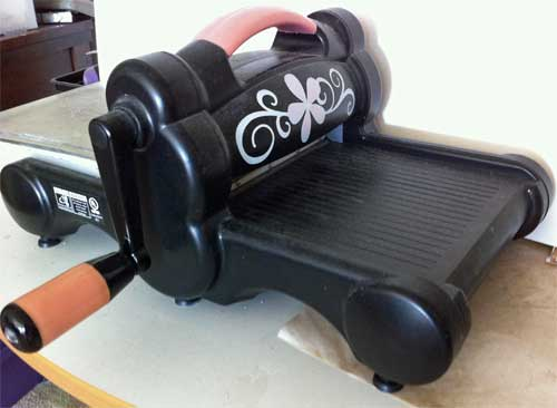 Well used and much loved Sizzix Big Shot Machine