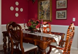 A Beautiful Dining Room Set.  Photo by NCBrian.  http://www.flickr.com/photos/ncbrian/