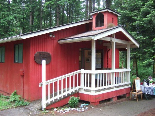 This school in the state of Washington is reported to be the smallest school in the world.