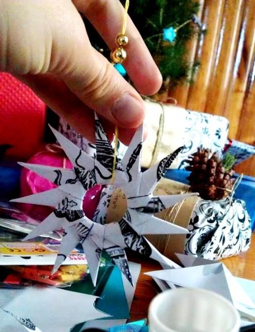 A modular origami Christmas decoration.