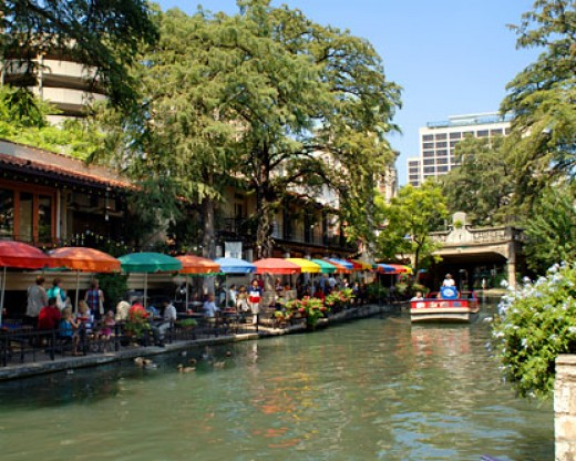 River Walk: San Antonio, TX